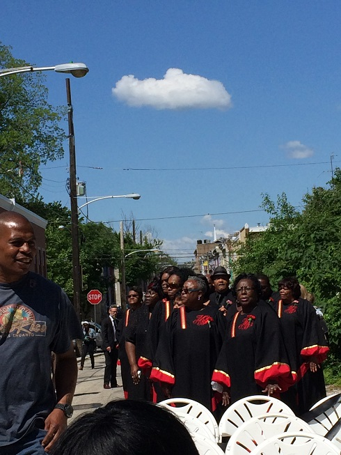 The Mt. Olive Baptist Church choir, waiting for the funeral procession.